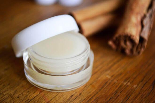 DIY Non Toxic Honey Cinnamon Lip Balm