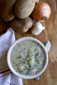 Quick & Easy Potato Soup in the Instant Pot