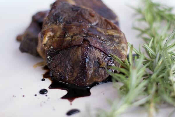 slow cooker balsamic glazed beef petite tenders