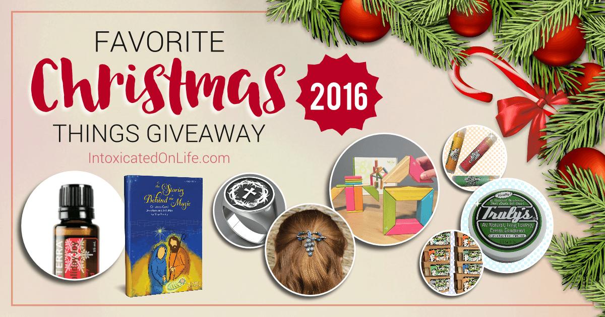 favoritechristmasthingsgiveaway2016-fb